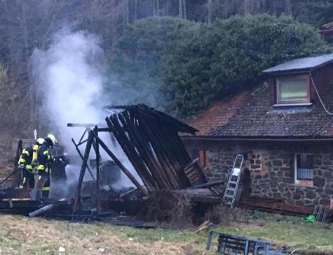 Am 1. März 2019 brannte eine Sauna in Römershausen komplett ab - verletzt wurde niemand