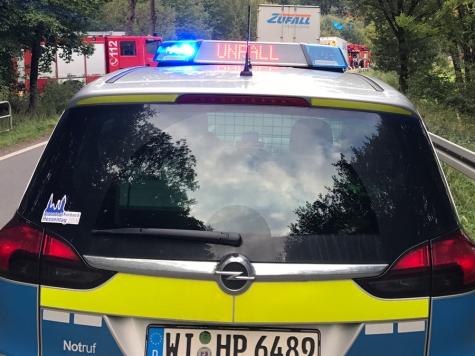 Zeugen der Unfallflucht bitte bei der Polizei in Frankenberg melden.