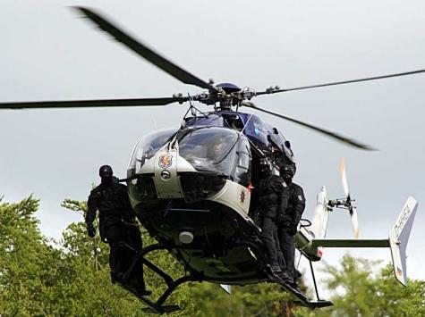 Auch ein SEK kam am 14. Mai zum Einsatz um zwei mutmaßliche Räuber festzunehmen.