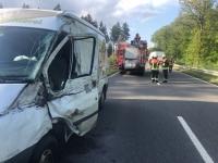 Unfall auf der B 450 - über 50.000 Euro Schaden, eine Person verletzt