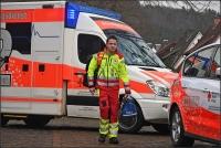 Rettugnssanitäter Timo Wolzenburg geht seinen Weg. Zugunsten seines heutigen Traumberuf warf er zunächst eine sichere Zukunft komplett über den Haufen.
