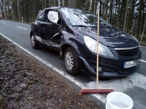 1. Dezember 2019: Ein Unfall auf der Kreisstraße 44 sorgte für rege Einsatztätigkeit.