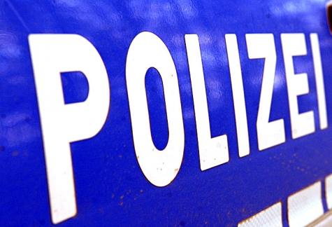 Im Rahmen der Fahndungsmaßnahmen konnten zwei verdächtige Personen festgenommen werden.