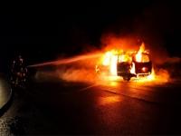Dieser Mercedes Benz brannte am 5. Juni auf der B485 komplett aus.