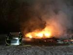 Am 1. Dezember 2020 brannte ein Wohnanhänger in Battenberg aus.