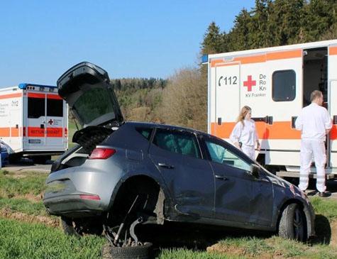 Ein Verkehrsunfall mit Sachschäden und einer leichtverletzten Person ereignete sich am 29. März auf der Landesstraße 3076 zwischen Rosenthal und Frankenberg