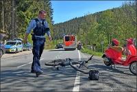 Der Radfahrer bleib beim Unfall unverletzt, während der Rollerfahrer in ein Siegener Krankenhaus musste.