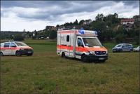 Nach dem Absturz kam der Gleitschirmflieger verletzt ins Krankenhaus.