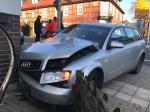 Ein Unfall im Kreuzungsbereich der Landesstraße in Sachsenberg rief Polizei, Rettungsdienste und Einsatzkräfte der Feuerwehr auf den Plan