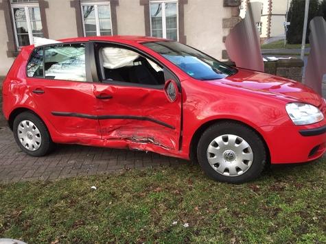 In Kassel kam es am Donnerstagmorgen zu einem Verkehrsunfall.