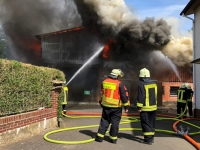 Am 2. Juni 2020 brannte ein landwirtschaftliches Anwesen in Birkenbringhausen - die Wehren konnten ein Übergreifen auf das Haupthaus verhindern.