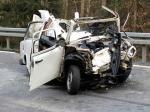 Dieser Trabant wurde am 8. April bei einem Verkehrsunfall komplett zerstört - die Ermittlungen zur Unfallursache dauern an.