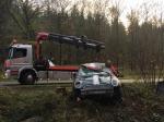 Dieser Mini kam am 3. November auf der Bundesstraße 253 von der Fahrbahn ab - die Fahrerin aus Olpe wurde dabei leicht verletzt.