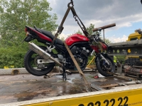 Bei Hundsdorf ereignete sich am Freitag ein schwerer Verkehrsunfall.