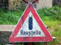 In Frankenberg haben Diebe Kupferkabel von einer Baustelle gestohlen - die Polizei sucht Zeugen.