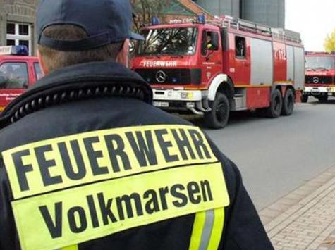 Die Freiwillige Feuerwehr Volkmarsen unterstützt tatkräftig eine Registrierungsaktion der DKMS