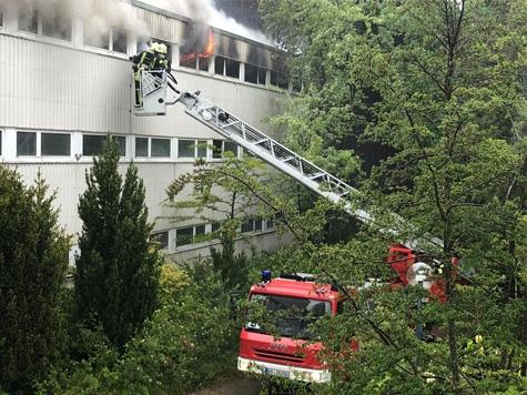 Am 5. Juni brannte das alte Kurmittelhaus in Bad Wildungen - 90 Ehrenamtliche waren im Einsatz.