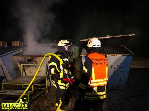 Ein Containerbrand in Volkmarsen rief am 17. September die Brandschützer auf den Plan.