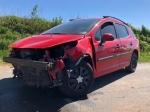 Ein Peugeot, besetzt mit drei Personen, geriet am 29. Mai auf der Alten Geismarer Straße bei Frankenberg (Eder) ins Schleudern.