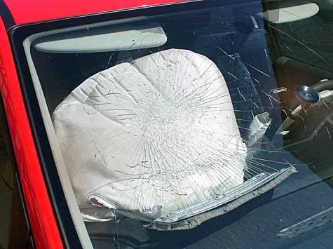 Ein Unfall im Begegnungsverkehr ereignete sich am 22. Mai in der Ortsdurchfahrt von Battenfeld.