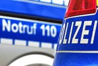 Ein 27-jähriger Passant hat am Freitag dem Treiben eines Randalierers ein Ende gesetzt.
