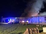 In den frühen Morgenstunden des 7. Juli wurde ein Großfeuer in Battenfeld gemeldet, derzeit laufen die Löscharbeiten bei KBM auf Hochtouren.