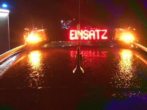 Einsatzkräfte mehrerer Feuerwehren waren vor Ort.
