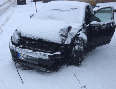 Auf schneeglatten Fahrbahnen ereigneten sich am 11. März mehrere Unfälle