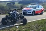 Nach dem Aufprall wurde der Quadfahrer versorgt und anschlißend in ein Siegener Krankenhaus geflogen.