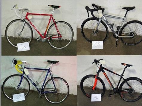 Die Marburger Polizei sucht Besitzer von vier Fahrrädern.