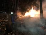 In den frühen Morgenstunden des 18. Januar brannte ein Feldschuppen zwischen Marienhagen und Obernburg vollständig nieder.
