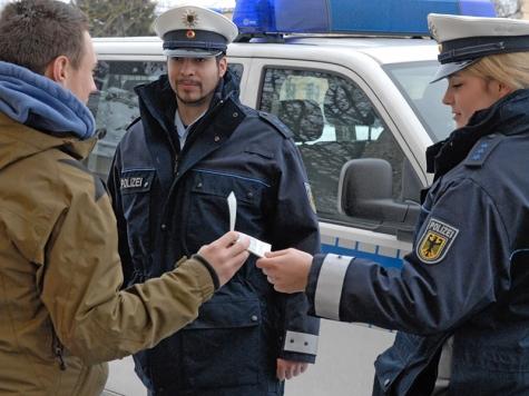 Durch einen aufmerksamen Zeugen konnte am 23. Dezember rasch eine Verkehrsunfallflucht geklärt werden.