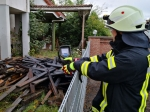 Am Freitag, den 10. Juli brannte ein Holzstapel am alten Le Palais in Giflitz