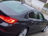 Dieser BMW wurde beschädigt - die Polizei bittet um Hinweise.