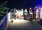 Ein junger Mann geriet am 8. August im Diemelsee in Not. Couragierte Helfer sprangen in den See, die Feuerwehr setzte ein Rettungsboot ein.