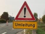 Bei Alraft wird vom 4. bis 6. Mai die Straße asphaltiert.