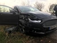 Ein Ford und ein BMW kollidierten am 9. November auf der Landesstraße zwischen Frankenberg und Friedrichshausen.