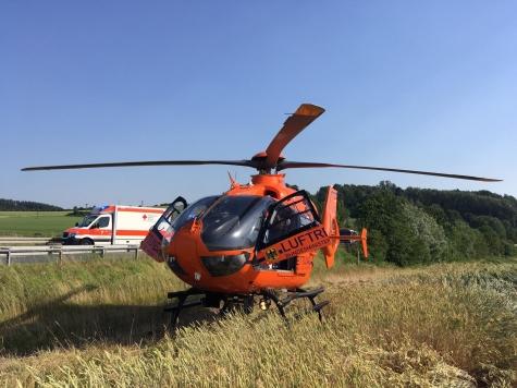 Unfall am 2. Juli auf der B 254 - zwei Personen wurden mit schweren Verletzungen in Krankenhäuser eingeliefert.