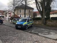 Ein Unbekannter brach am Wochenende in das Vöhler Rathaus ein.