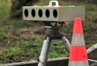 An der Bundesstraße 252 wird aktuell eine Geschwindigkeitskontrolle durchgeführt.