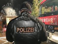 Vermutlich wurden die Müllcontainer absichtlich in Brand gesetzt - die Polizei ermittelt.