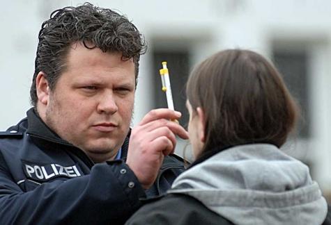 Fünf Autofahrer standen am 9. September bei Sonderkontrollen in Mengeringhausen und Volkmarsen unter Drogeneinfluss.