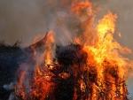 Brennendes Unterholz und Baumschnitt führte am 17. Mai zum Einsatz der Freuerwehren aus Usseln und Willingen.