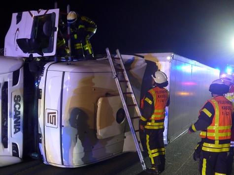 Auf der A7 kam es am Dienstagmorgen zu einem schweren Unfall.