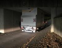 Am 27. Oktober hat sich ein Lkw in Mengeringhausen festgefahren.