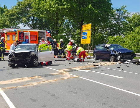 Bei Brilon kam es zu einem schweren Verkehrsunfall.