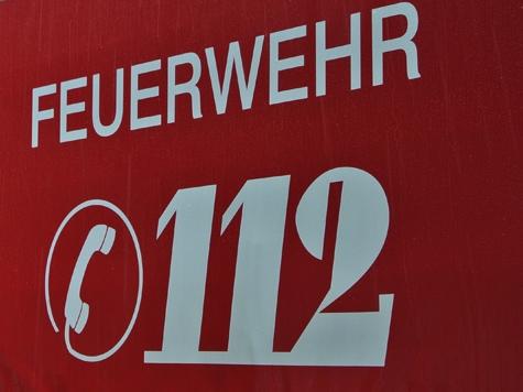 Die Kasseler Feuerwehr löschte am Sonntag einen Wohnungsbrand.