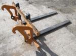 Eine Radladergabel wurde von einer Baustelle am Diemelsee gestohlen.