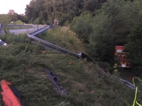 Zwischen Friedrichshausen und Römershausen ereignete sich ein Busunfall.