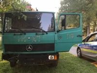 """Mit diesem Mercedes Benz war der 33-Jährige unterwegs und hatte auf der Fahrt die komplette Ladung """"gelöscht"""" ohne anzuhalten."""